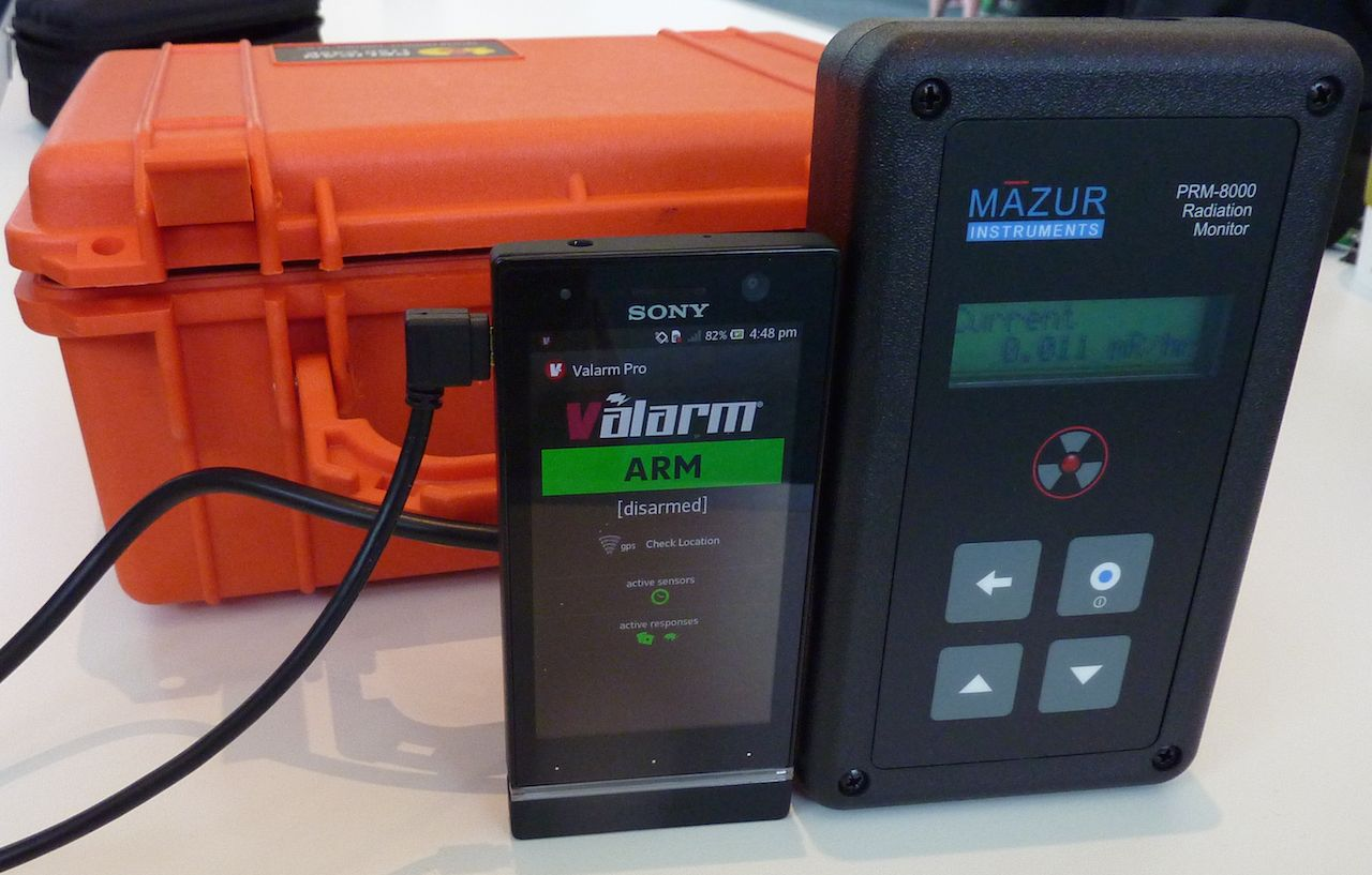 Valarm Mazur Instruments PRM-8000 Radiation Monitor radioactive geiger counter environmental sensor mobile device copy
