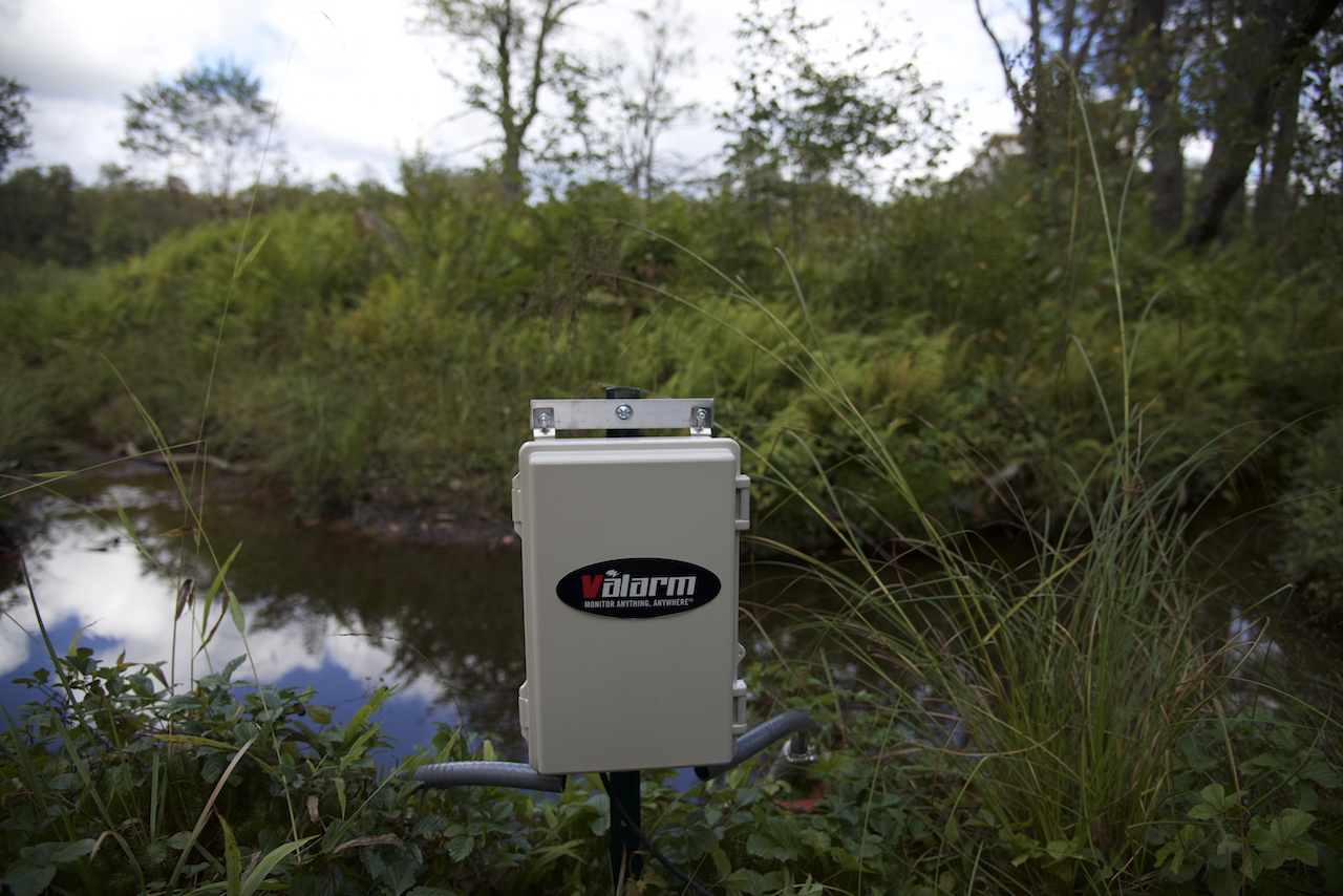 flood monitoring Multiple sensors, including third-party meteorological sensors, can be integrated  with our systems, providing a full flood monitoring station for many site.